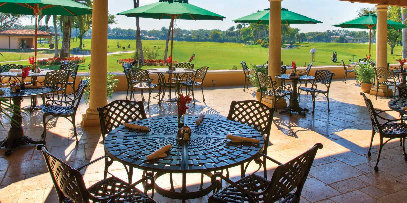 19th Hole Sports Bar Restaurant and Grill