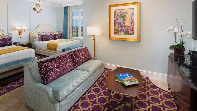 Junior Suite Queen Bed