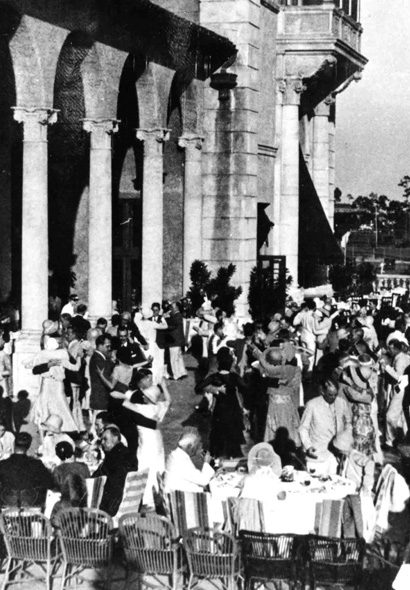 Black and white photo of large event at the Biltmore